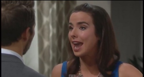 'The Bold and the Beautiful' Spoilers: Ivy's Shocking Secret, Does She Know Who Called Immigration, Was it Aly?