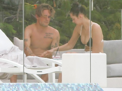 Bella Hadid Flirting With Mystery Man: Cheating on The Weeknd In St Barts?