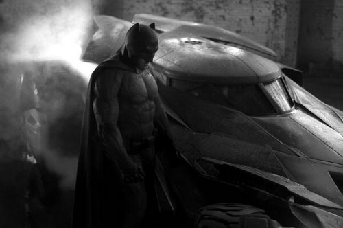 Ben Affleck's Batman Role Muscles - First Picture Of Batsuit Revealed (PHOTOS)