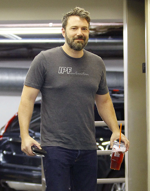 Ben Affleck Has a New Hot Nanny: Photographed With Kids & Christine Ouzounian's Replacement, Jennifer Garner Set Him Up?