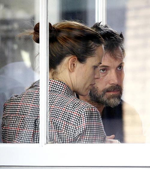 Ben Affleck Back Together With Cheating Mistress Nanny Christine Ouzounian, Leaves Jennifer Garner To Raise Children Alone?