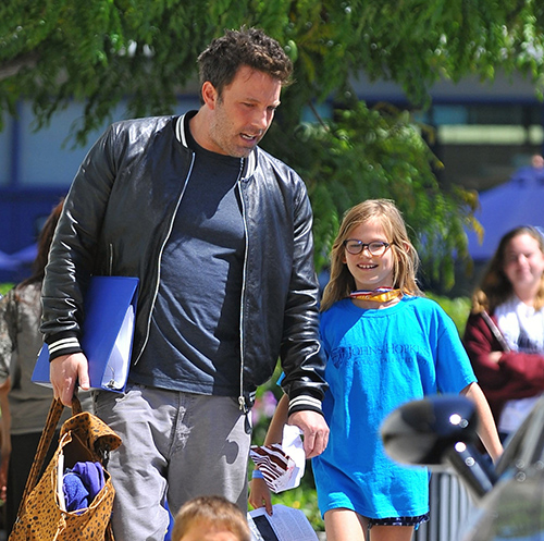 Ben Affleck, Jennifer Garner Divorce Delayed: Ben Still Loves Jennifer - Wants To Repair Marriage