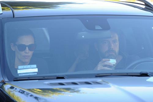 Ben Affleck Stages Photo-Ops For Paparazzi: Desperate To Make It Look Like He's Winning Back Jennifer Garner?