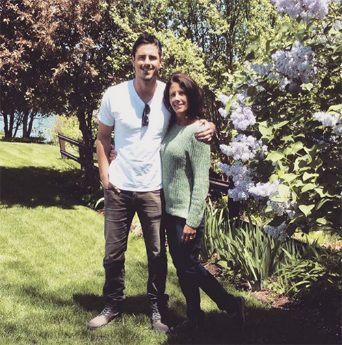 The Bachelor 2016 Ben Higgins Nearly Quit The Show: Too Much Drama, Broke Down In Tears - Mom Saved The Day!