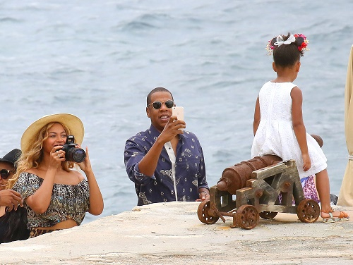 Kim Kardashian and Kanye West Attend Blue Ivy Birthday: Beyonce and Jay-Z Feel Sorry For Troubled Couple?