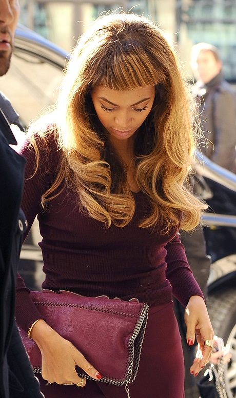 Beyonce Debuts New Hair Bangs Before Leaving Paris Celeb