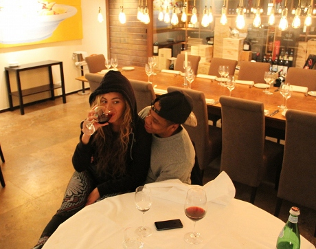 Beyonce Shuts Down Pregnancy Rumors with Strategic Picture Drinking Wine! (Photo)