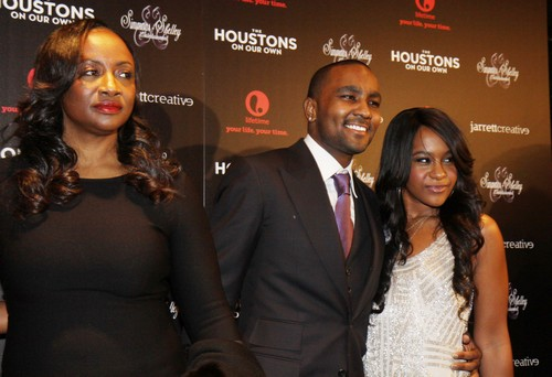 Bobbi Kristina Brown: Pat and Cissy Houston Want $20 Million Inheritance - Only Bobby Brown Can Decide To End Life Support