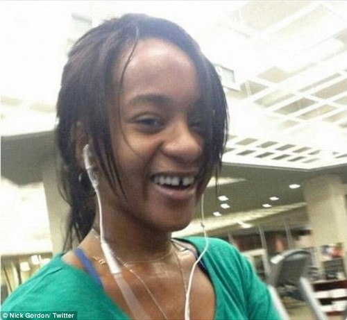 Nick Gordon Exploits Bobbi Kristina Brown Death: Posts Private Photos On Twitter – Struggling To Remain Relevant?