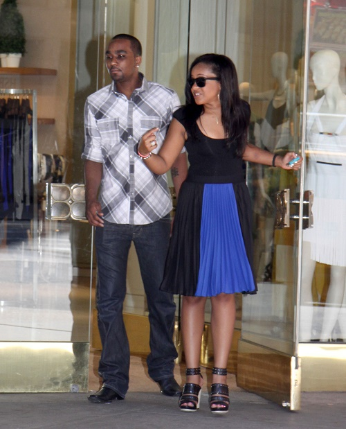 Bobbi Kristina Brown Suicide Attempt Leaves Nick Gordon Ridden With Guilt - Dr. Phil Rushes To His Side For Intervention!