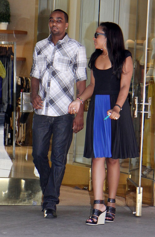 Bobbi Kristina Brown, Nick Gordon Marriage Not Officially Legal - Plus Nick Blamed For Drugs Leading To Bobbi Suicide Attempt?