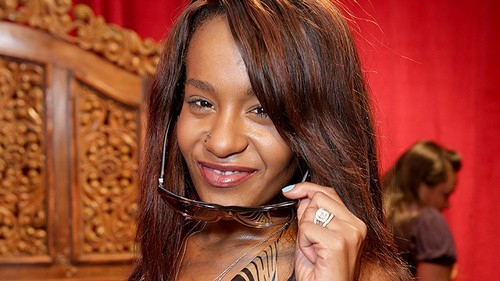 Bobbi Kristina Brown's Death Imminent: Family Gathers As Barely Any Signs of Life or Vitals Remain
