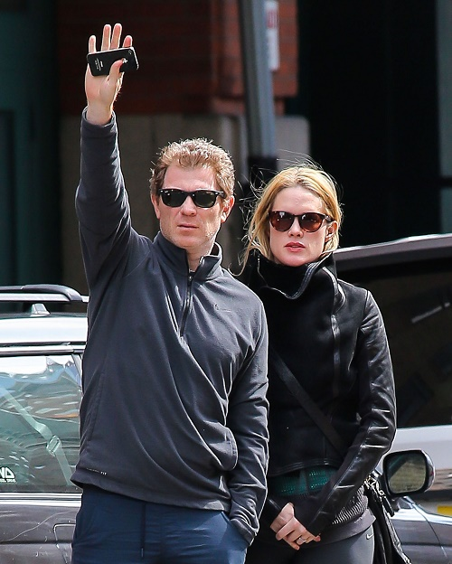 Bobby Flay Divorce: The Celeb Chef Claims Stephanie March's Lawyer Is Bullying Him Into The Ground - They're Just Gold Digging!