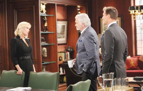 The Bold and the Beautiful Spoilers: Week of March 26 Update - Detective Sanchez Turns On Quinn, Ridge Vows to Protect Her