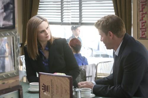 """Bones Recap 11/13/14: Season 10 Episode 7 """"The Money Maker on the Merry-Go-Round"""""""