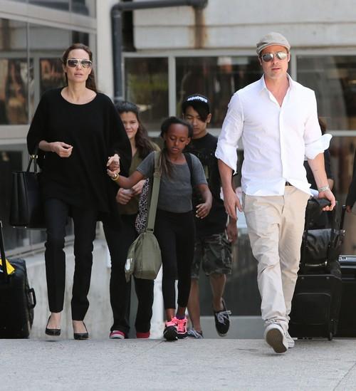 Angelina Jolie Insists Brad Pitt Fire Psychic Ron Bard: Brad Making Bad Decisions?