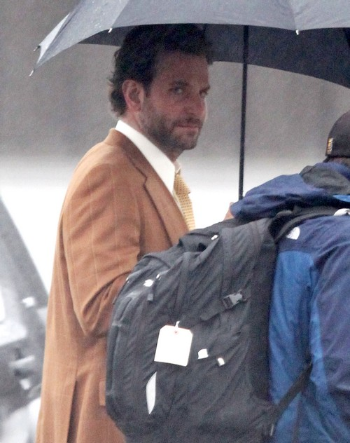 Bradley Cooper and Irina Shayk Dating - Spotted Making Out At MET Gala Afterparty
