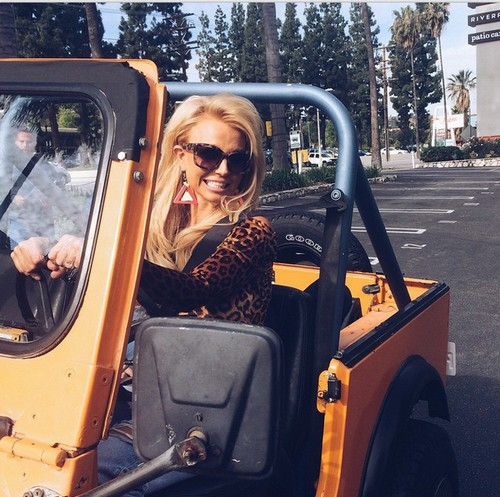 Iggy Azalea and Britney Spears Team Up For New Music Video!