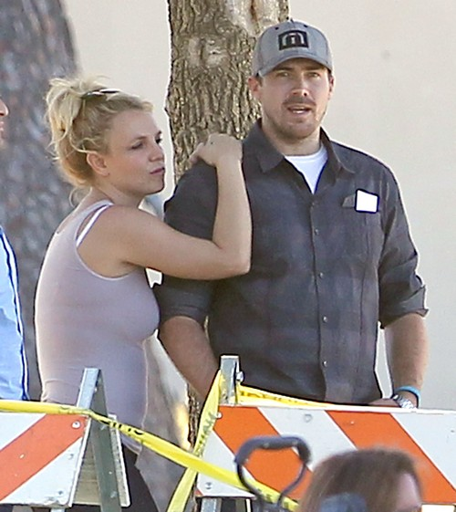 Jamie Spears Wants More of Britney's Money: Loving Father or Contolling Parasite?