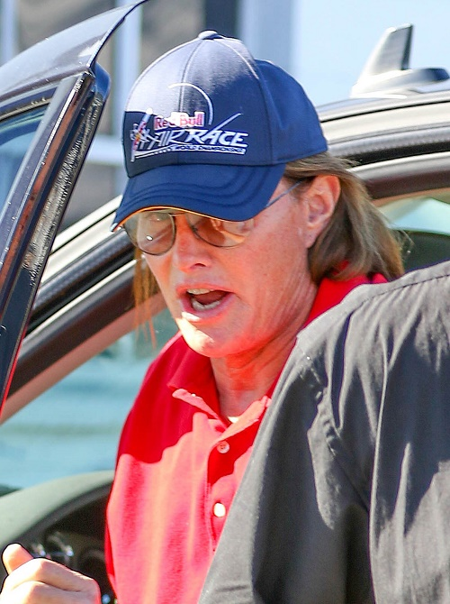 Bruce Jenner's Transgender Lifestyle Mocked In Leaked Sony Emails: Will Execs Apologize For Cruel Transphobic Comments?