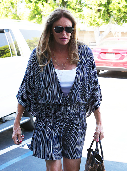 Caitlyn Jenner's Plastic Surgery Operations Putting 66-Year-Old At Risk - Going To Incredible Lengths To Look Beautiful?