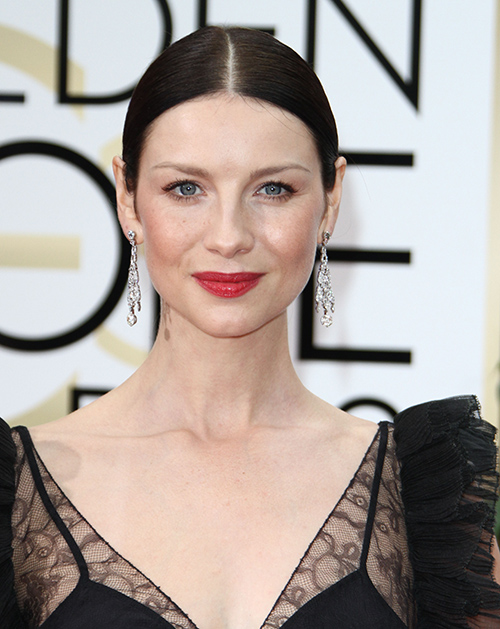 "Caitriona Balfe And Sam Heughan A Real Life Couple: ""Outlander"" Co-Stars Romance Heats Up- Ready To Go Public?"
