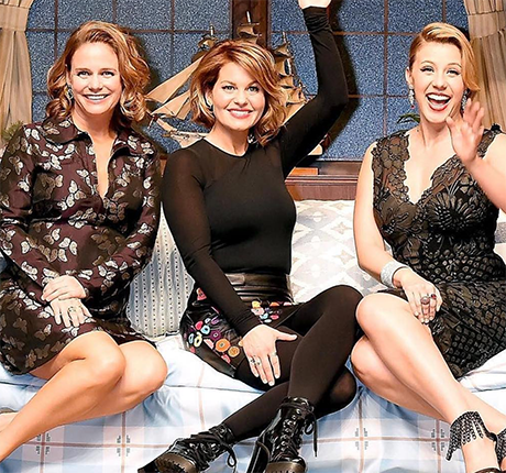 Candace Cameron Bure Leaving 'The View': Must Focus On Family, West Coast Life, And 'Fuller House' Series
