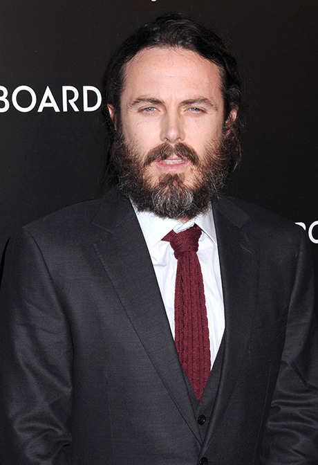 Casey Affleck Sexual Harassment Allegations Force Him Out Of Upcoming Directorial Debut: Shady Past Comes Back To Bite?