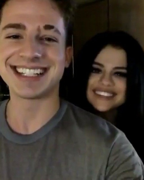Selena Gomez Dating Charlie Puth, Hooking Up – Justin Bieber Jealous?