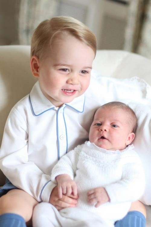 Princess Charlotte First Official Portrait Photos with Prince George: Kate Middleton's Breaks Tradition With Personal Pics