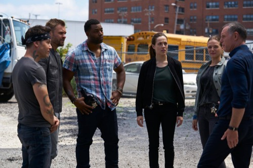 "Chicago PD Recap 10/4/17: Season 5 Episode 2 ""The Thing About Heroes"""