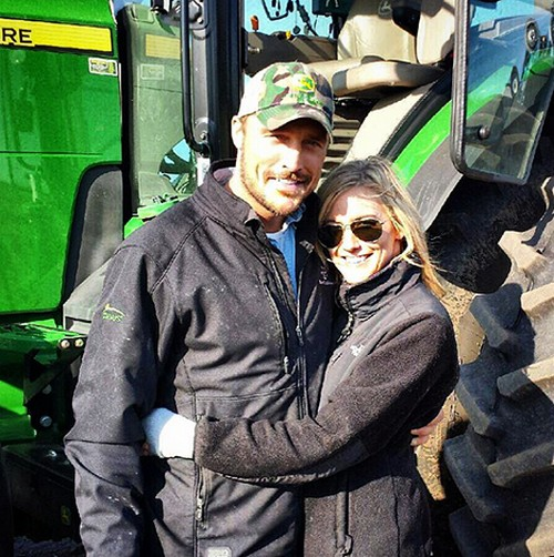 Chris Soules, Whitney Bischoff Fake Romance To Support Bachelorette 2015 Premiere – Faux Fiancee Flys To Bachelor Farm