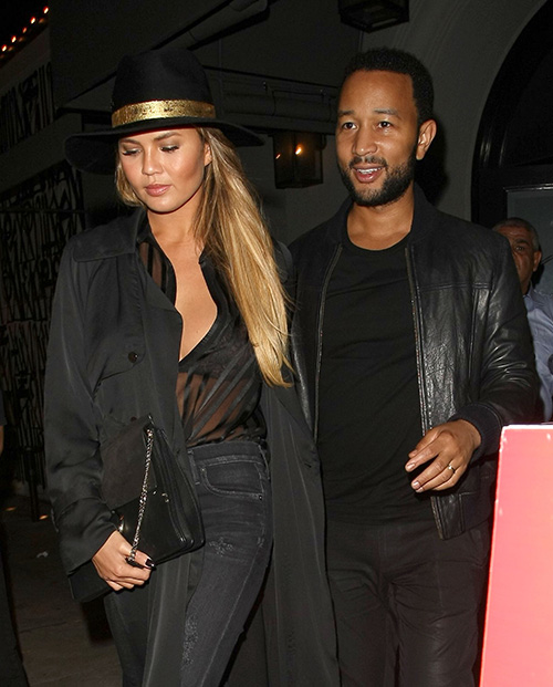 Chrissy Teigen Pregnancy Cravings: Lashes Out at Critics Over Sugar Cereal