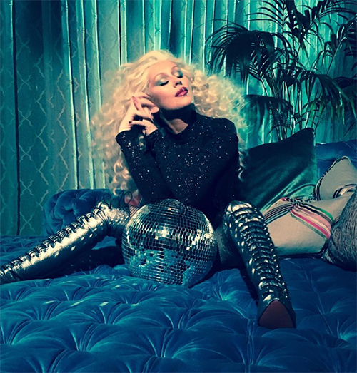 Christina Aguilera Piling On The Pounds: Struggles To Cope With Recent Career Failures?