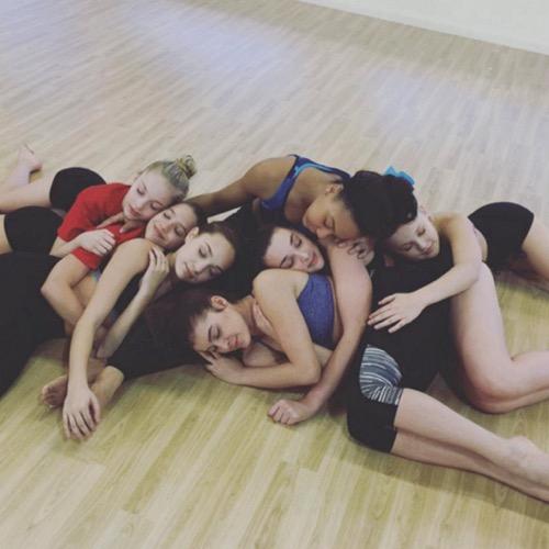 Dance Moms Finale Recap 5 10 16 Season 6 Episode 19 Hello Goodbye Celeb Dirty Laundry