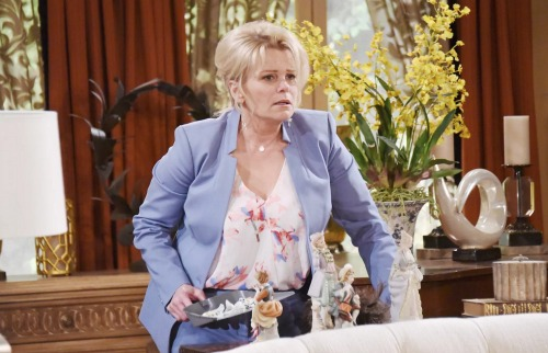 Days of Our Lives Spoilers: Bonnie Drops Blackmail Bomb, Insists Victor Must Divorce Maggie