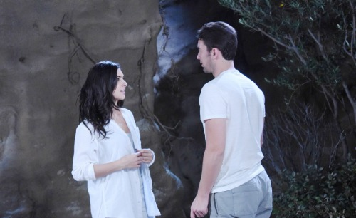 Days of Our Lives Spoilers: Abigail Spots Chad and Gabi's Kiss - Conflict Explodes Over New Couple