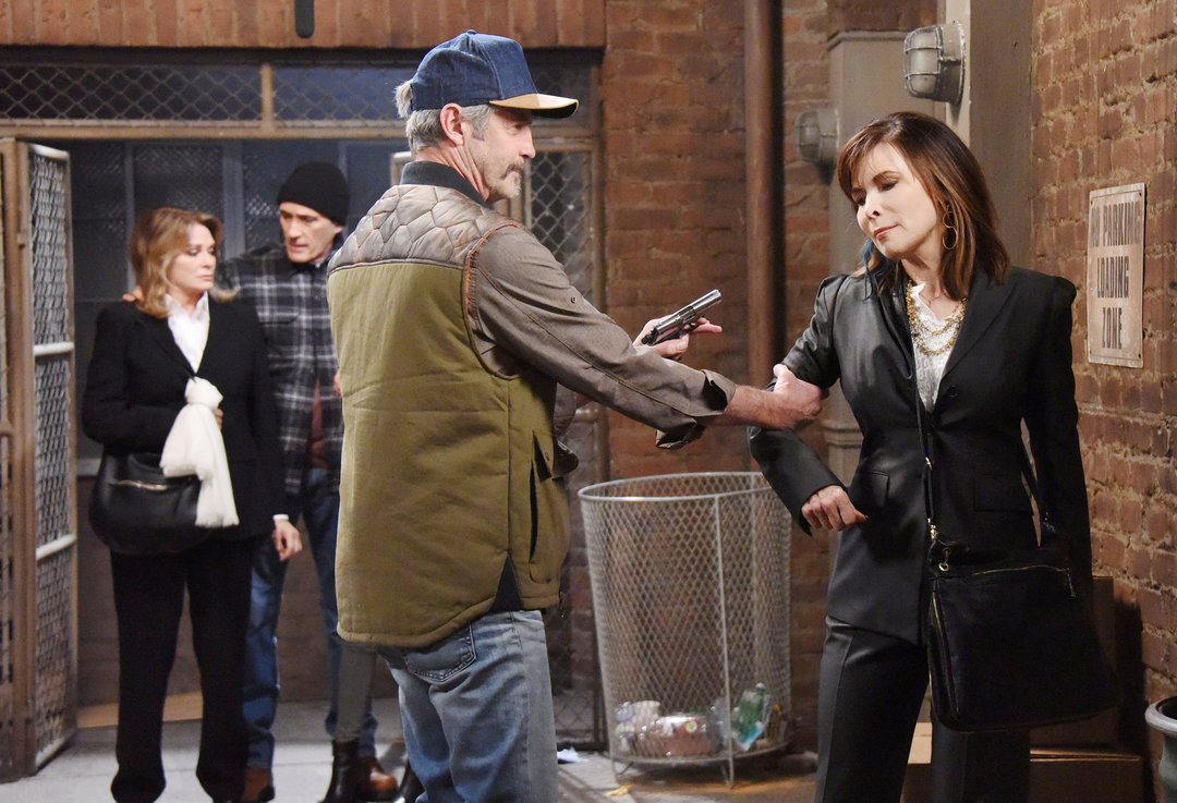 Days of Our Lives Spoilers: Chaos Erupts Over Chloe's Paternity Test Results – Villains' Infighting Out of Control