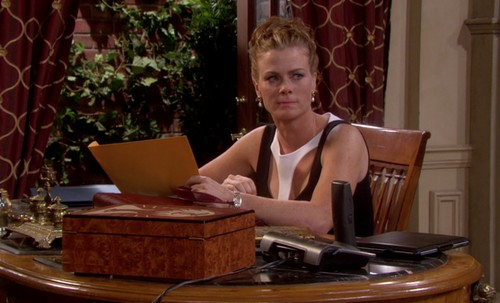 Days Of Our Lives Spoilers: Kayla Fires Abigail From Her Hospital Job - Sami Continues To Seek Revenge For EJ Cheating Affair