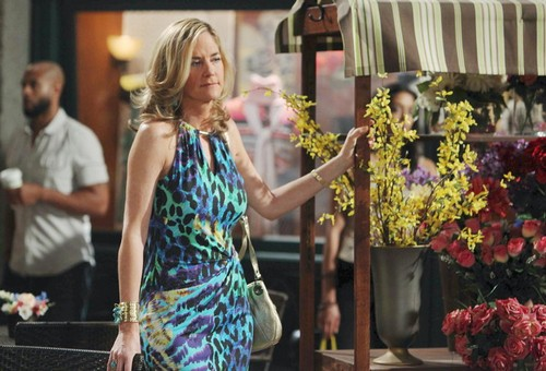 'Days of Our Lives' Spoilers: Eve Drugs Jennifer's Drink - Stefano's Secret Plans for Abigail – Eric Professes Love to Nicole