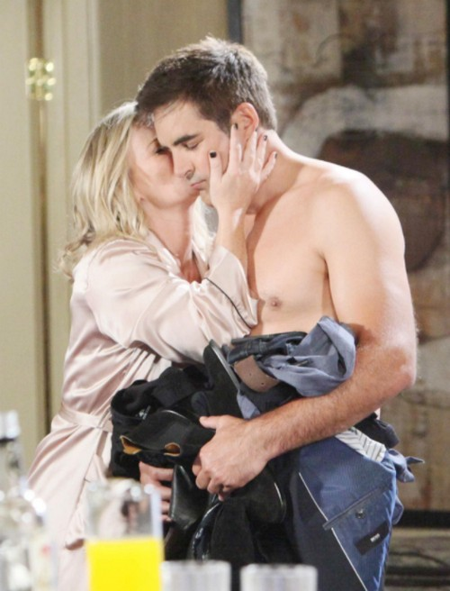 Days of Our Lives Spoilers: Tuesday, December 12 - Sami Busted Wearing Hope's Engagement Ring