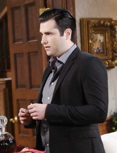 Days of Our Lives Spoilers: Monday, September 18 - Will Gives Lucas Tough Love – Kate and Jennifer's Shocking Discovery