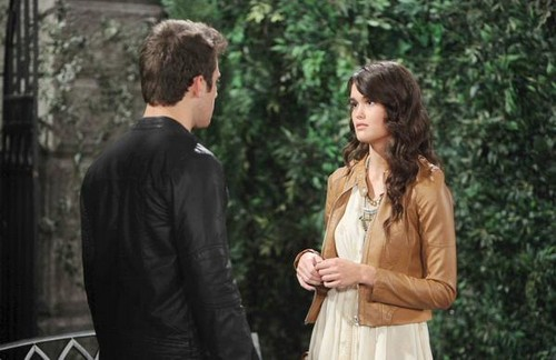 'Days of Our Lives' Spoilers: Theresa Saves Brady - Will Begs Forgiveness - Paul's Mom Arrives - JJ's New Girlfriend!