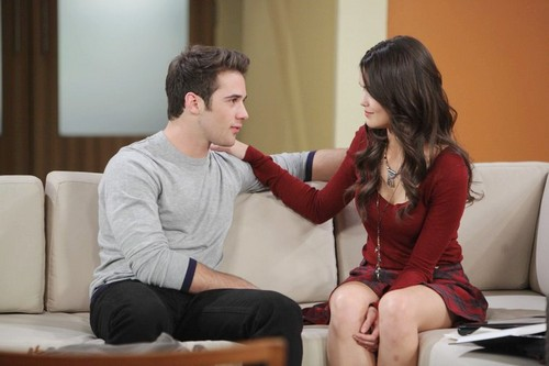 'Days of Our Lives' Spoilers: Cole's Mistake Exposes Paige to Eve and JJ's Affair - Anger Drives Paige Down Dark Path?