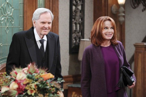 'Days of Our Lives' Spoilers: Hypocrite Eve Blames Jennifer for Paige Debacle - Brady Asks Melanie to Marry, Theresa Schemes
