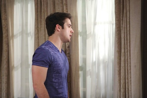 'Days of Our Lives' Spoilers: JJ Finds Out Who's Been Following Him – Paige Plots Vengeance on Eve – Nicole Doubts Daniel