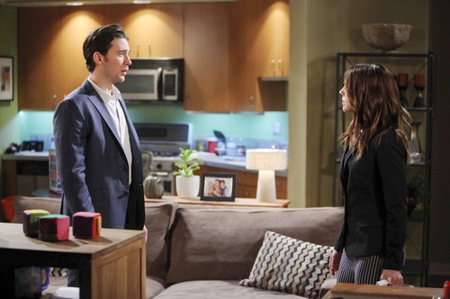 'Days of Our Lives' Spoilers: Caroline Collapses, Serena Gets Help – Abigail Breaks Chad's Heart – Kate Suspicious of Clyde