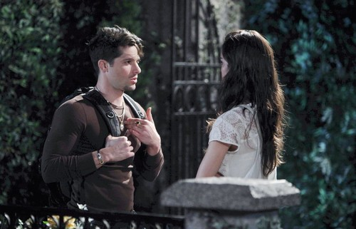 Days of Our Lives (DOOL) Spoilers: Sonny Leaves Salem – Chad Questions Abigail – JJ's Risky Move – Clyde's Villainous Plans