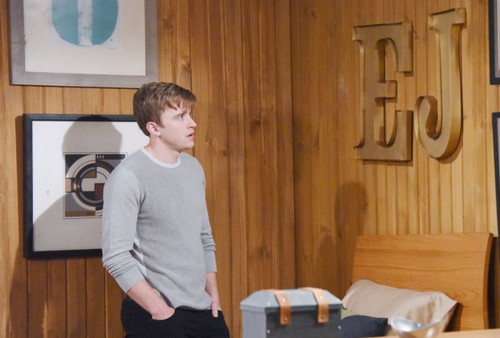 Days of Our Lives Spoilers: Susan Tries to Disappear with Brainwashed Will Horton