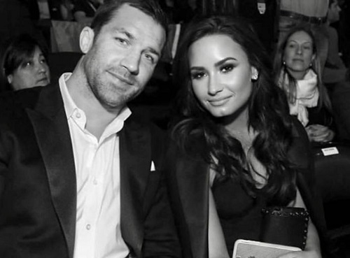Demi lovato and niall horan hookup 2019